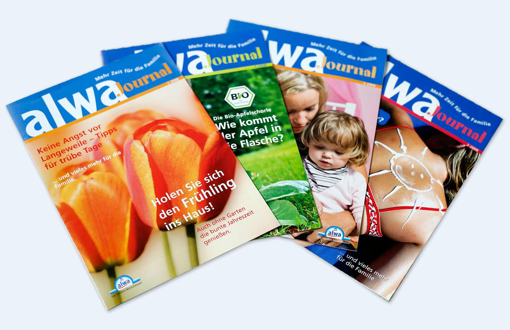 Titelseiten von 4 verschiedenen Ausgaben des alwa Journals