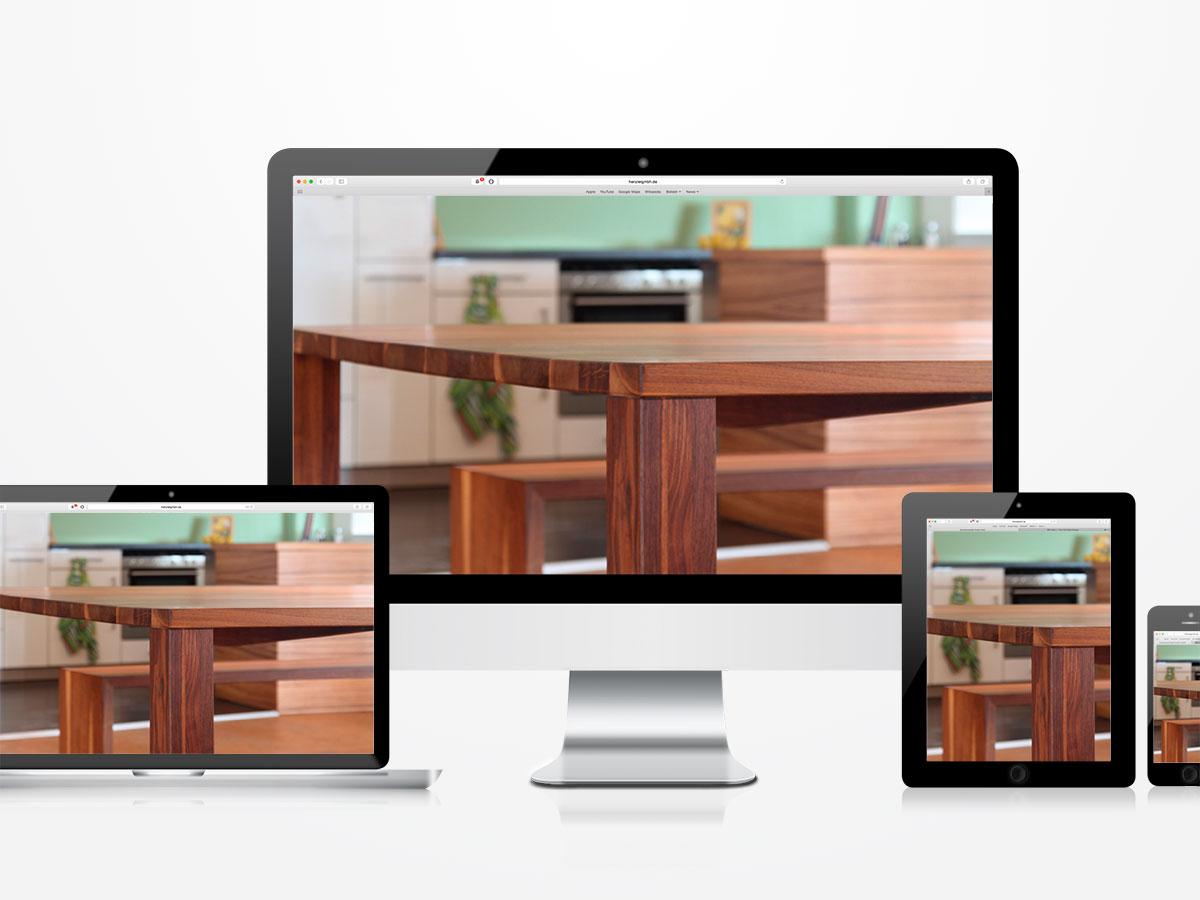 Die Website der Schreinerei auf Laptop, Computer, Tablet und Handy. Kurzum: Response Design.